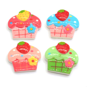 2019 Hot Sale Mini Resin Flatback Ice-cream Cupcake Cabochon Flat Back Dollhouse Miniatures Cupcake Food Button Slime Charms