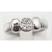 Anneaux de fiançailles en acier inoxydable anneaux de fiançailles en cristal peu coûteux pour femmes