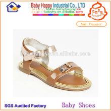 2014 zapatos calientes de la escuela de las sandalias de los niños de la venta para las muchachas