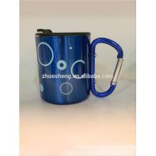 taza de cerámica personalizada con mosquetón