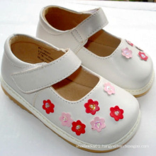 Lovely White Small Pink Flowers Baby Girl Squeaky Shoes