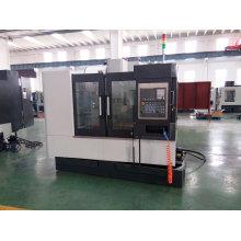 Centro fazendo à máquina horizontal do CNC do CNC da máquina Vmc800 chinesa
