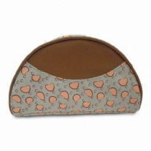 Cosmetic Bag, Measures 22.5 x 12.5 x 8.5cm, PVC Leather Piping and Decation on Bag Front