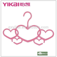 Wonderful fuction creative loving-heart plastic scarf clothes hanger in new style