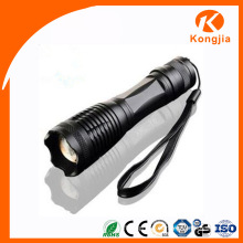 10W Xml LED Aluminum Alloy Zoomable Portable Flashlight