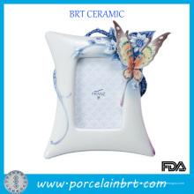 Decoração de borboleta elegante moldura de casamento