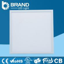 Haute qualité nouvelle conception faire en Chine vente chaude standard taille panneau led lumière
