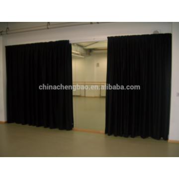 Rideaux de scène noirs, rideaux de rideaux