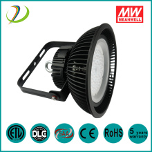 130lm / w 200w LED High Bay Light pour supermarché