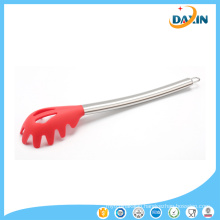 Hot Sale Stainless Steel Handle Kitchenware Silicone Powder Pasta Claw