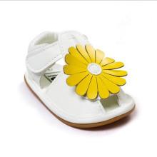 2016 Новые желтые цветы в летних моде Детские сандалии