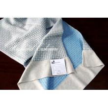 Kaschmir Kniited Schal mit Jacquard-Muster