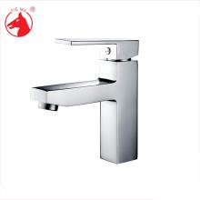 Nouveau type robinet d'eau froide chaude