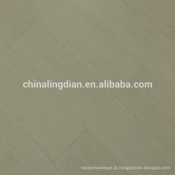 Revestimento impermeável do vinil do PVC do clique da madeira WPC do vinil de WPC