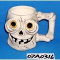 Tasse à café en céramique de crâne pour la décoration d'Halloween