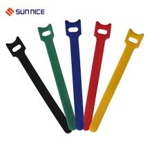 Suportes para cabos fortemente suportados com gancho e laço