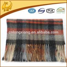 Écharpe en laine 100% brossée au fil