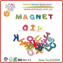 Brinquedos de alfabeto magnético para crianças