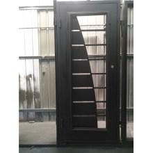 Porta interior de ferro com acabamento limpo superior quadrado
