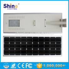 Fácil de instalar Luz solar integrada de la calle de la calle con el panel solar de la mazorca