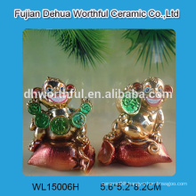 Personalized resin monkey statues electroplated for home decoration