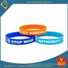 Entwerfen Sie Ihr Deboosed Logo Silikon Armband & Armband