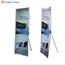 Banner de suporte de piso X para publicidade de filmes