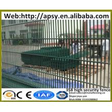Vente chaude haute sécurité barrières solide H post supporté 4mm fil d'acier soudé mince que les grilles fesses panneaux de clôture en maille
