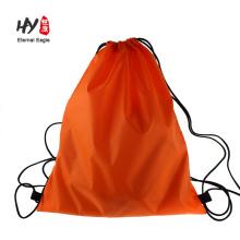Largement utiliser sac à dos à cordon pour adulte