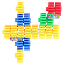 Develop intelligence educational toy connecting blocks