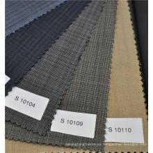 Tela lisa de lana de color marrón y tela de caballería de mezcla poliéster para un peso formal de traje de 270g / m