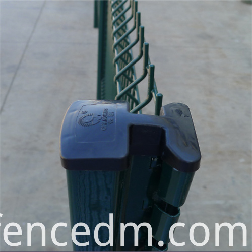 welded wire mesh fence with CM post
