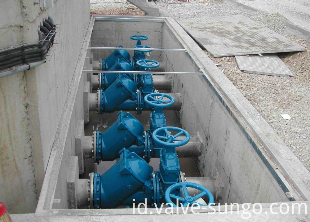 Split wedge design Cast Steel Gate Valve application