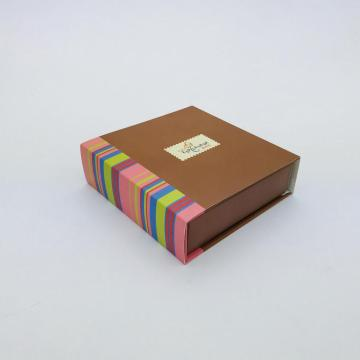 Kraft chocolate paper gift box