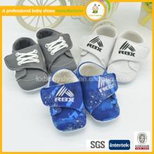 2015 zapatos al por mayor del mocasin del bebé, zapatos de los niños de la manera