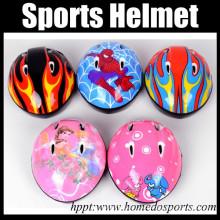 Casco deportivo ajustable de plástico suave para niños