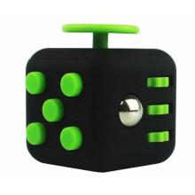 Fidget Dice Anti Stress 6 Side Cube Melhor brinquedo de atenção para adultos de 3,3 cm em branco