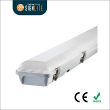 5 años de garantía LED Tri-Proof Light con alta eficiencia