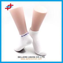 Damen Polyester schlichte weiße Knöchelsocken