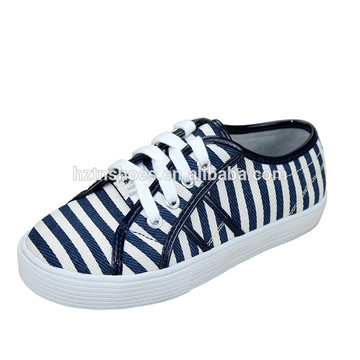 Chaussures en toile blanche / marine en cuir garçon décontracté en lacets pour enfants