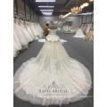 2018 champagne off épaule robe de soirée de mariage hors taille personnalisée deux couches jupe grande robe de mariée avec long train de Chine