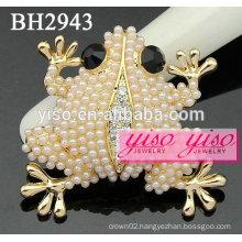 custom made pearl brooches