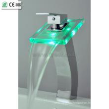 Высокое цвет кузова водопроводный Кран смесителя faucet тазика СИД (QH0815HF)