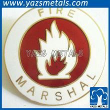 Emblemas de esmalte redondos encantadores com foto de fogo para honra de marechal