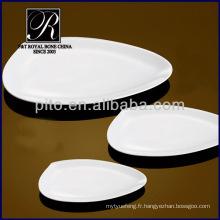 2014 nouveau produit hôtel & restaurant plaqué plats blanc en forme de plaques en céramique PT1727
