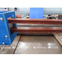 Chaîne de production de machine d'extrusion de profil de PVC WPC