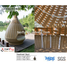 large round rattan wicker daybed outdoor lounge furniture