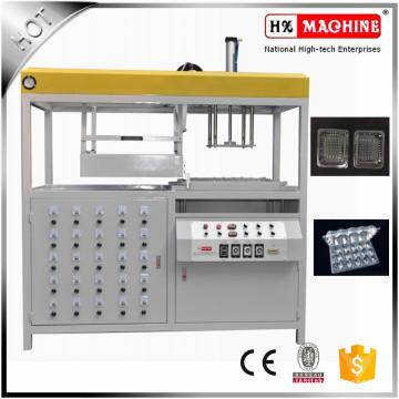 Halbautomatischer Vakuumformungsmaschine- / Keks-Vakuum, der Maschine für Lebensmittel bildet
