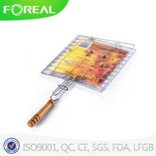 Double Fish BBQ Mesh with Wooden Handle