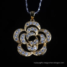 Beautiful Flower Shape Cubic Zirconia Fashion Silver Necklace Jewelry